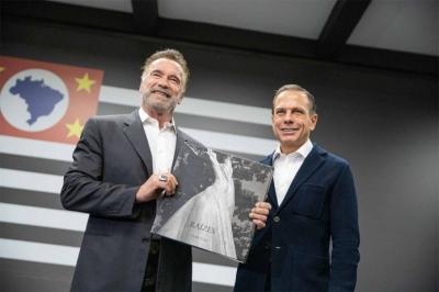 Doria divulga vídeo com Schwarzenegger após encontro em SP