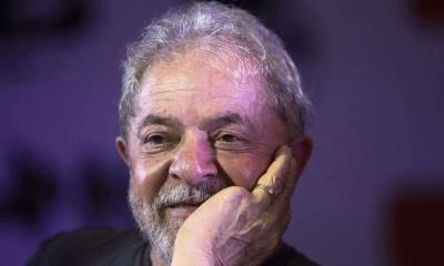 Lula diz que está apaixonado e que vai se casar