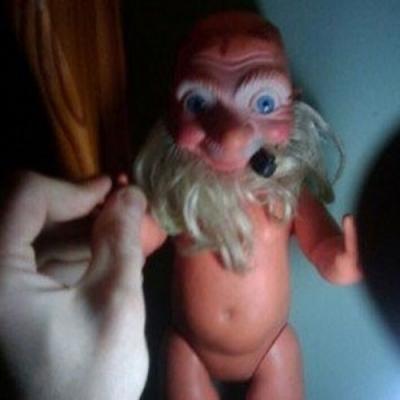 Os brinquedos esquisitos que mais assustam do que divertem