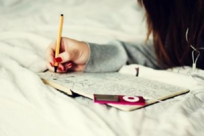 8 Sites pra Quem Ama Ler e Escrever Boas Histórias!