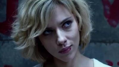 Scarlett Johansson é Lucy - Arrasando com os Nerds e Fãs de Ação