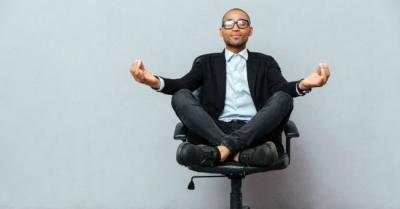 Não Fique Parado o Dia Inteiro: Exercícios que Você Pode Fazer no Trabalho