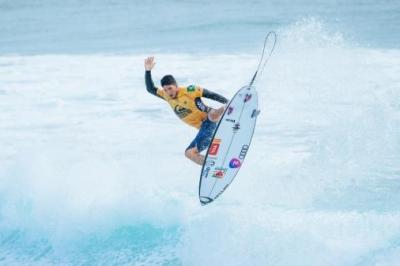 Surfe: Último dia de competição adiado após condição ruim do mar
