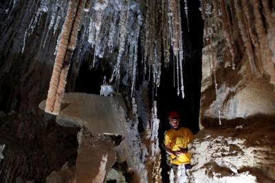 Caverna de sal é encontrada em Sodoma, onde mulher de Ló virou uma estátua
