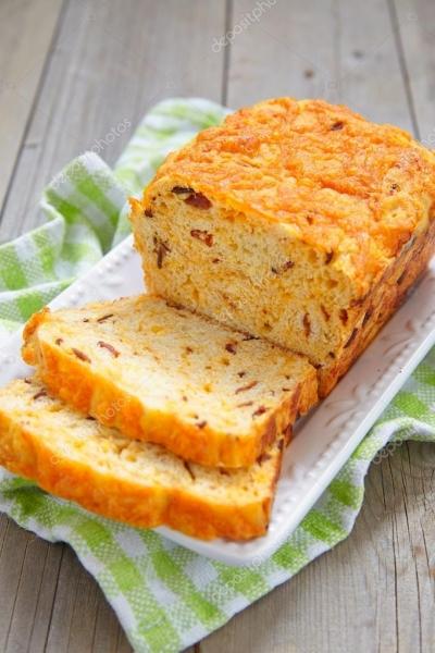 Pão de milho com bacon