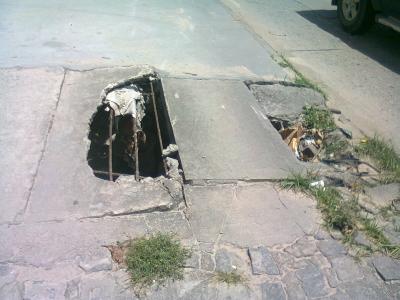 Buraco na Avenida Recife