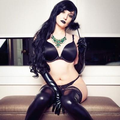 Uma cosplayer que simplesmente enlouquece a internet