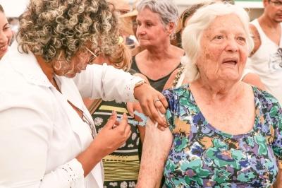 Vacinação continua para atender população