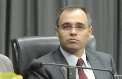 Novo chefe da Advocacia-Geral da União também é pastor
