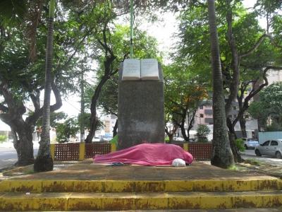 Praça da Bíblia e suas Mazelas