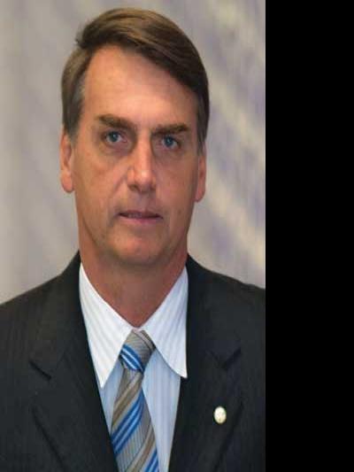 """Bolsonaro chama Israel de """"a terra de Jesus"""" em evento evangélico"""