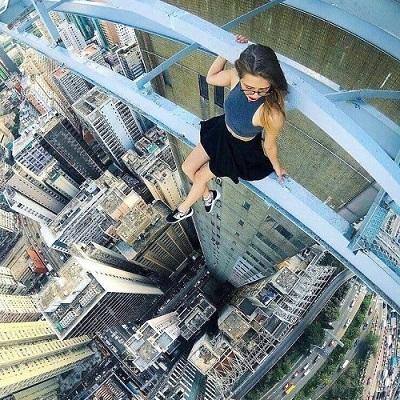 20 selfies de pessoas sem noção que não têm amor a própria vida