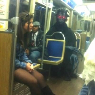 Personagens curiosos vistos no metrô