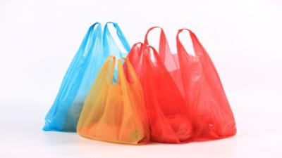 Já tem sua ecobag? 'Lei da sacola' completa uma semana no RJ