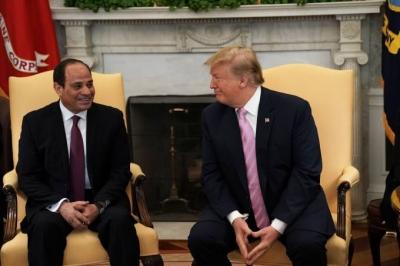 Trump elogia presidente do Egito que pretende governar até 2034
