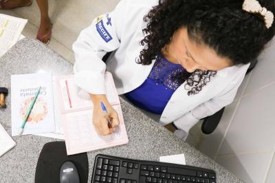 Vacina da gripe para idosos, professores e profissionais da saúde