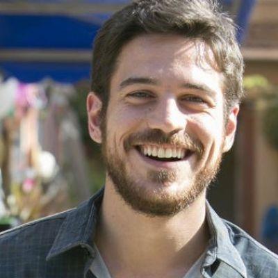Marco Pigossi começa a gravar série da Netflix e vira sucesso internacional