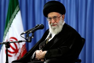 Perseguição a cristãos no Irã continua e muitas vezes é acompanhada de assédio