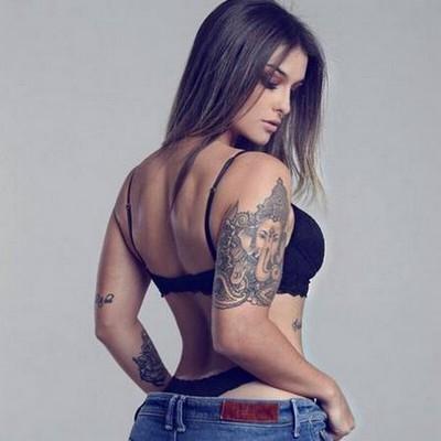 Destaque na Central da Copa, DJ Bárbara Labres queria ser jogadora de futebol