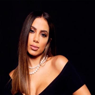 Anitta extrapola na produção de novo álbum, gasta mais de R$ 10 milhões e quase