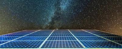 Nova pesquisa explica como painéis solares podem em breve gerar energia à noite