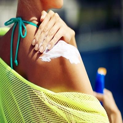 Quais tratamentos dermatológicos a gente pode (e deve!) fazer no verão