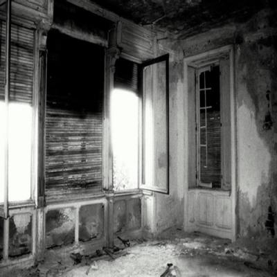 Fenômeno paranormal intenso é filmado em câmera de segurança