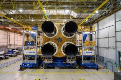 Nasa marca teste final do foguete que levará astronautas de volta à Lua