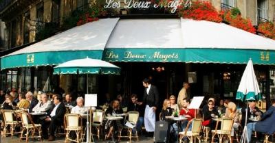 França decide gastar 150 milhões de euros para recuperar cafés