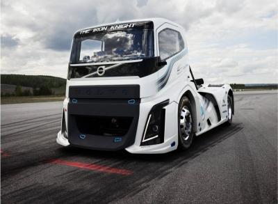 Volvo Iron Knight: Conheça o caminhão mais rápido do mundo