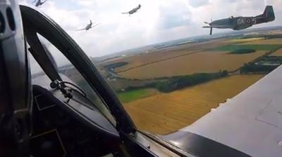 Piloto grava sua própria queda