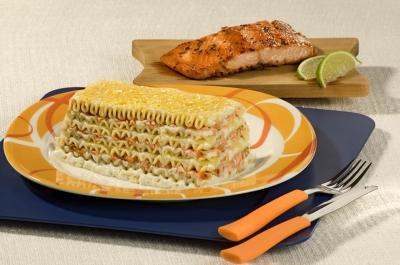 Como fazer lasanha de salmão e ervas finas