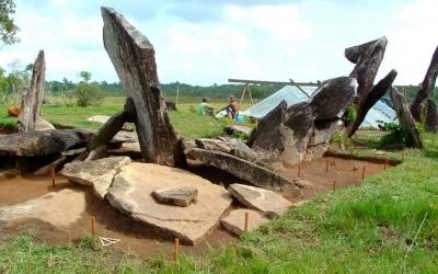 'Stonehenge da Amazônia', erguido no meio da floresta, ainda guarda mistérios pa