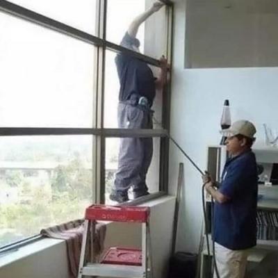 Como resolver as situações do trabalho de forma imbecil