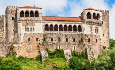 Faça um passeio virtual pelo Castelo de Leiria, em Portugal