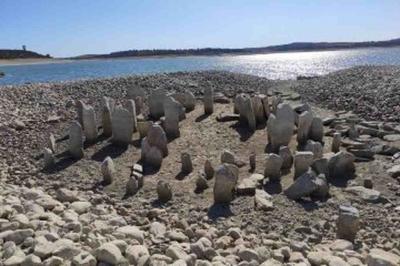 Monumento Espanhol com 7.000 anos ressurge em ano de seca