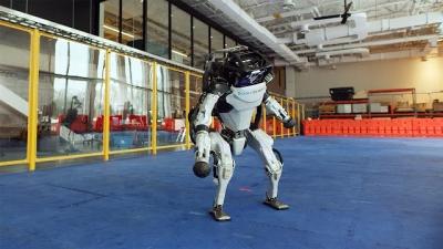 Robôs aprendem a dançar, não acredita?