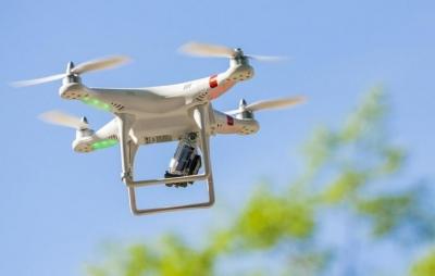 Cientistas criam bateria voadora que mantém drones no ar para sempre