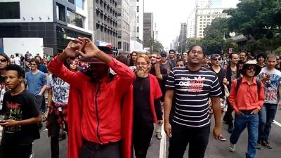 """Se vai ter Jesus, vai ter Satanás nas escolas públicas"", diz líder de marcha"