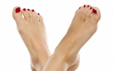 Confira oito dicas para garantir a saúde dos pés no verão