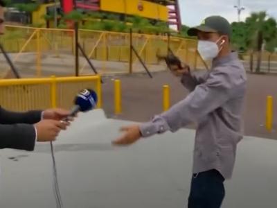 Repórter é assaltado durante transmissão ao vivo