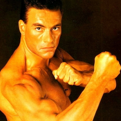 Jean-Claude Van Damme aparece em foto de novo filme da Netflix
