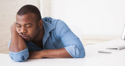 5 Causas do Sono Excessivo – Durante o Dia, Após Refeições e Mais