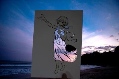 Artista talentoso colore recortes de papel inspirados em anime com ambientes do