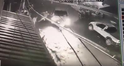 Advogado atropela homens em Cuiabá