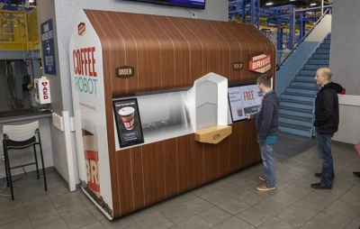 Robôs preparam e servem cafés personalizados em Las Vegas