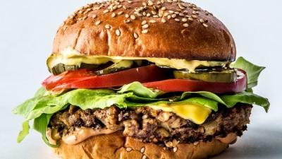 No Dia do Hambúrguer já pensou em experimentar um sem carne?