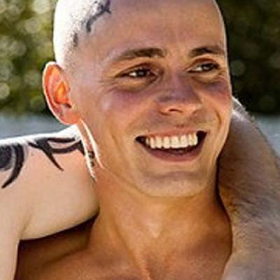 Os atores de 'Vikings' ficam muito diferentes sem barba