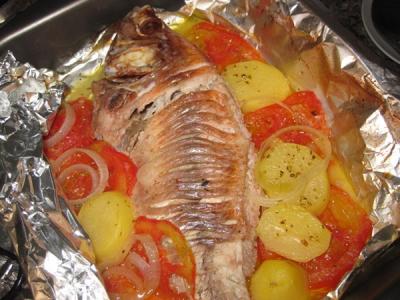 Peixe no forno (tilápia)