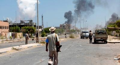 Centenas de detidos fogem duma prisão de Trípoli